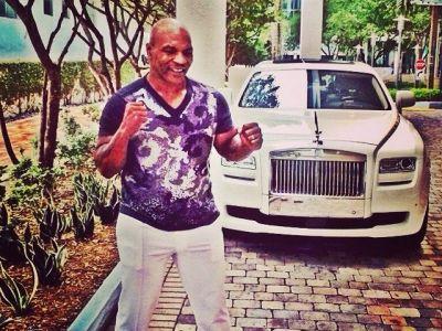 RUSINOS! Detaliul incredibil din aceasta imagine! Ce au aflat milioane de oameni despre Mike Tyson cand s-au uitat mai bine! FOTO