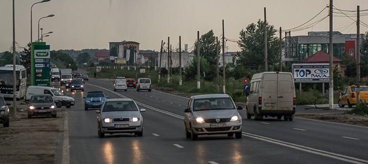 Fenomen RAR in Bucuresti! Un fotograf a surprins momentul formarii unei TORNADE! Imagini: