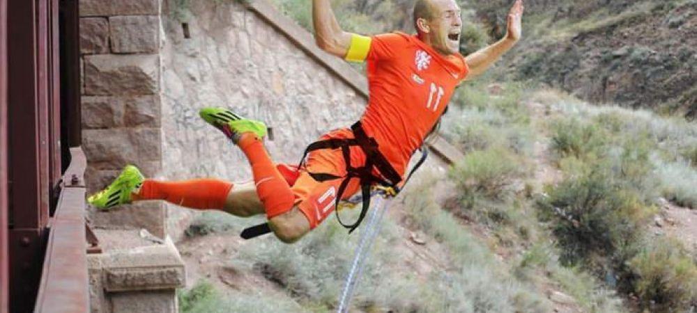 """PREMIERA! Robben recunoaste ca a SIMULAT! Cele mai tari imagini cu """"SCAFANDRUL"""" olandez! FOTO"""