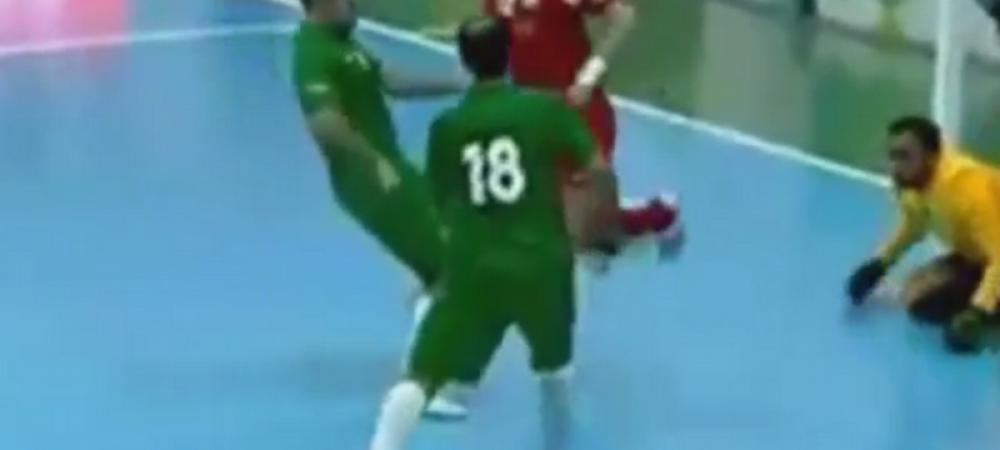 """Legenda fotbalului in sala a mai dat un gol de poveste! Executia geniala a lui Falcao se numeste """"CURCUBEUL"""" - VIDEO"""