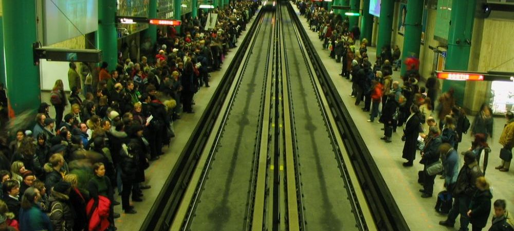 Imaginea ANULUI pentru zeci de mii de oameni! Ce s-a intamplat la intrarea in metrou! FOTO