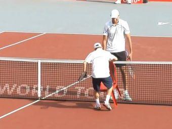 David si Goliath s-a intalnit pe terenul de tenis :) La finalul meciului, cei doi au facut toata arena sa rada cu un moment UNIC