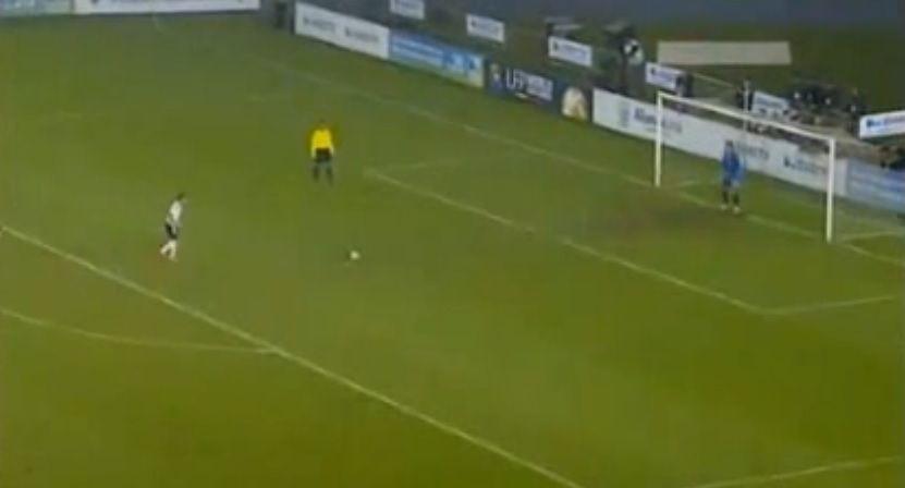 NEBUNIE la penalty-uri! S-au batut 22, Valencia a pierdut dupa un meci scapat de sub control! VIDEO