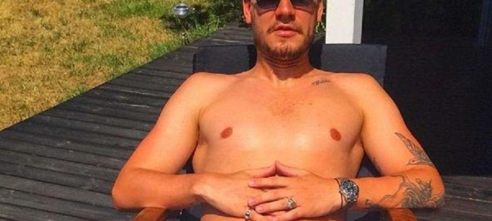 Bendtner a refuzat 10 milioane de euro, apoi si-a pus imaginea asta pe net! Cum apare in poza si ce motiv nebun are sa nu ia banii