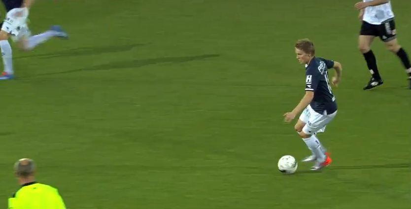 Daca-l vrea, Steaua trebuie sa MUTE repede! Cluburile din Anglia au plecat dupa jucatorul pe care-l apreciaza si Galca! VIDEO