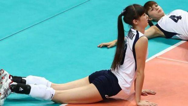 Ea e mandria fanilor lui Aktobe: o voleibalista de nationala e atat de SEXY incat a fost exclusa din lot de selectioner! FOTO