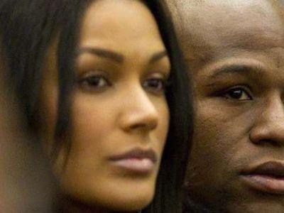 "IMAGINEA care il va scoate din minti pe Mayweather! 50 Cent i-a trimis o poza: ""Frate, ti-a furat prietena! Uite poza!"""