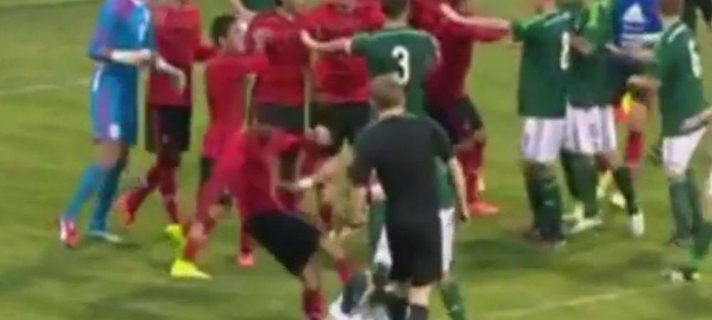 Bataie socanta la CUPA LAPTELUI! Arbitrul s-a temut sa intervina in timp ce un jucator era BATUT la picioarele sale. VIDEO