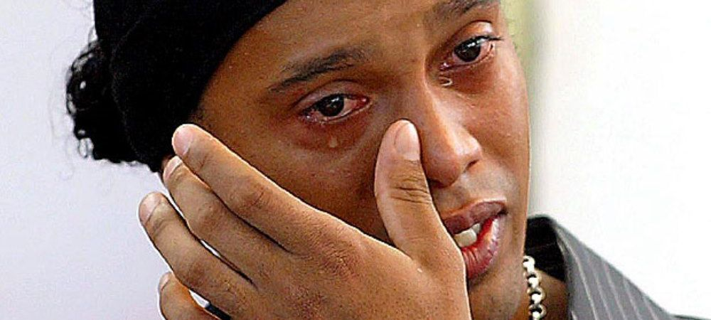 Teapa carierei pentru Ronaldinho! Decizia care l-a facut sa piarda o avere, dupa ce a incercat sa ii pacaleasca pe TOTI