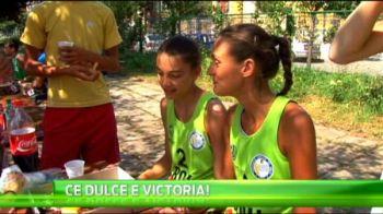 VIDEO Cele mai sexy sportive din Romania. Ce mananca fetele de la volei pe plaja: