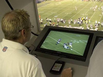 "FIFA pregateste o noua inovatie tehnologica in fotbal! Blatter vrea sa ""imprumute"" un sistem din rugby si fotbal american"