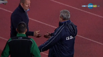 FOTO | Moment istoric in Liga I: Sumudica e pe mana cu Chirila! Antrenorul Chiajnei a ingropat razboiul inceputului de sezon!