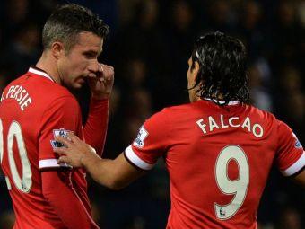 """Surpriza la antrenamentul lui Manchester United. """"Extraterestrul"""" adus de van Gaal langa Falcao, Rooney si van Persie"""