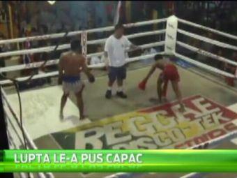 NEBUNIE in ring! A vrut sa-l rupa pe adversar, dar a ZBURAT printre corzi! VIDEO