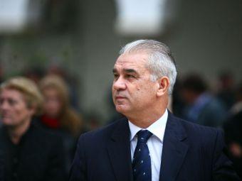 Cadoul primit de selectionerul Iordanescu din partea lui Traian Basescu de ziua nationala a Romaniei