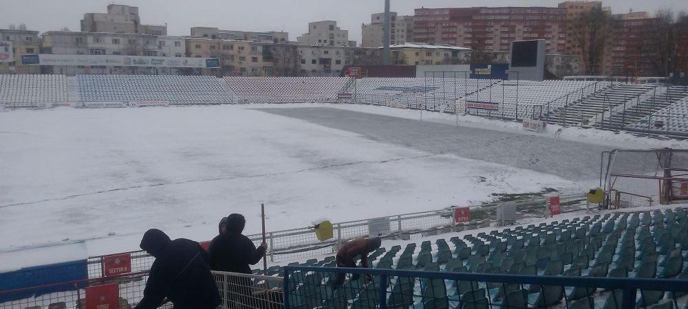 FOTO Fanii Otelului au participat la deszapezirea stadionului! Mesajul fanilor inainte de partida cu ASA