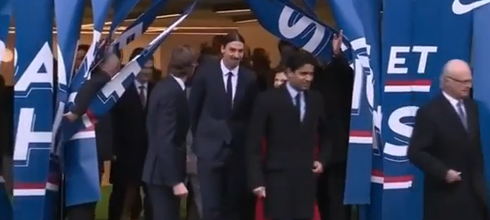 Zlatan nu a crezut niciodata ca va face asta! A primit o vizita total neasteptata la Paris