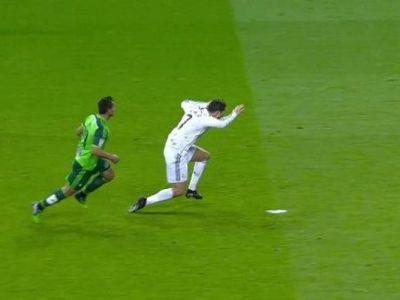 """Penalty-ul INVIZIBIL obtinut de Ronaldo i-a scandalizat pe catalani! Ziarul """"de casa"""" al Barcei urla: """"E culmea rusinii"""""""