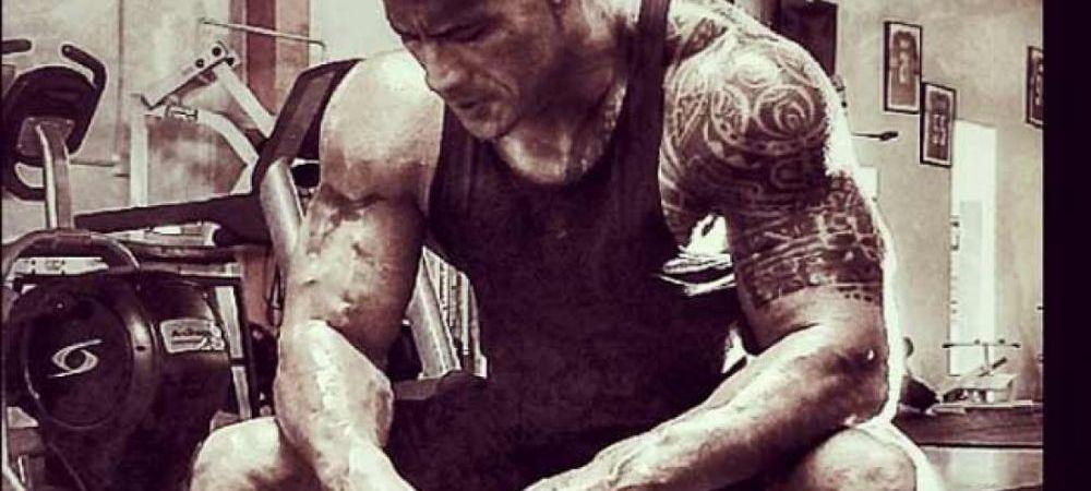 """Dieta """"bomba calorica"""" cu care The Rock a ajuns cel mai musculos actor de la Hollywood! Vezi cum arata micul dejun al vedetei"""