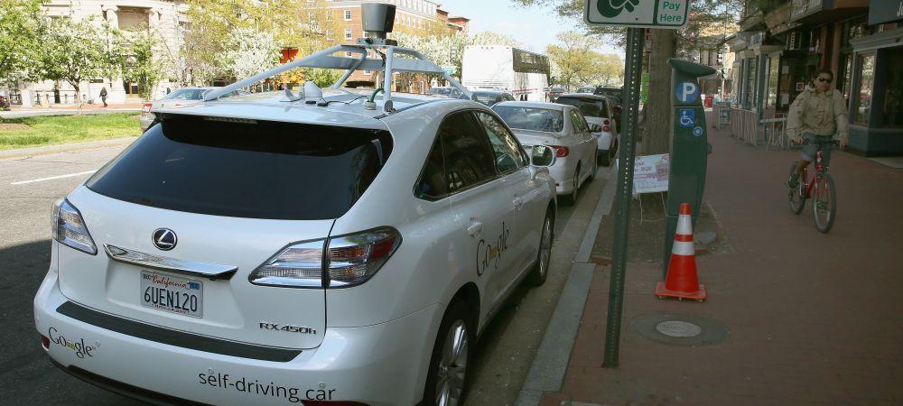 """Va schimba lumea!"" Masina fara volan si fara pedale a fost prezentata! Cum arata prototipul celor de la Google"