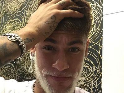 Neymar si-a facut cadou o noua BOMBA SEXY! Cum arata studenta la medicina care l-a innebunit pe starul Barcei. FOTO