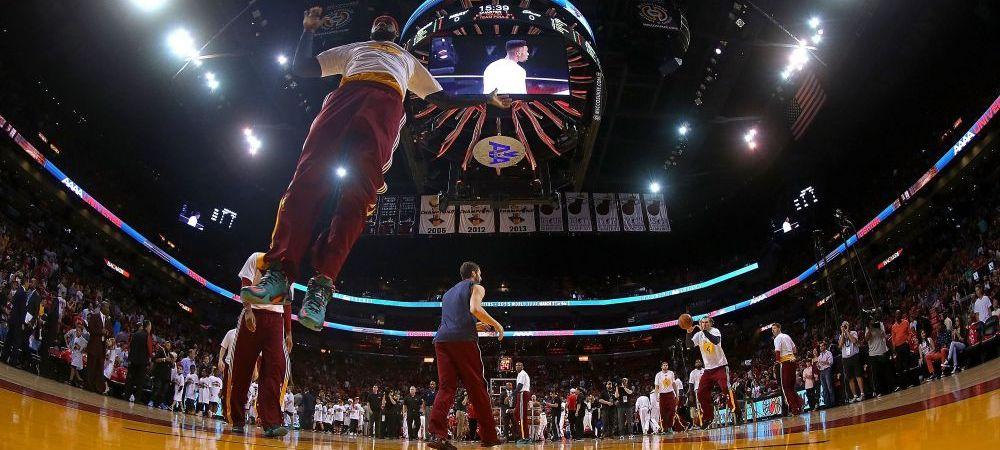 """S-a intors """"acasa"""" de Craciun. LeBron a revenit la Miami ca adversar chiar in ziua de Craciun. Cum a fost primit. VIDEO"""