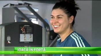 Rivalele la titlu din Liga Nationala s-au intalnit la sala! :) Ce dialog fabulos au avut Oana Manea si Ada Nechita