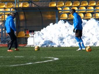 """Primire """"regala"""" :) Hagi l-a intampinat pe Fabrice Olinga, cel mai tanar marcator din istoria Spaniei, la antrenament: VIDEO"""