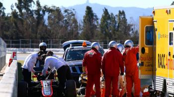 OFICIAL. McLaren a anuntat cauza accdentului lui Alonso. Care e starea pilotului spaniol in acest moment