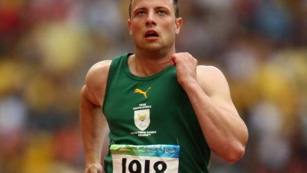 Pistorius s-a apucat de un nou sport la inchisoare! Ce face alaturi de ceilalti detinuti