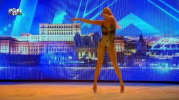 Pana si Nadia a ramas uimita dupa dansul celei mai sexy dansatoare de la Romanii au Talent! Numerele de acrobatie, preferatele ei: VIDEO