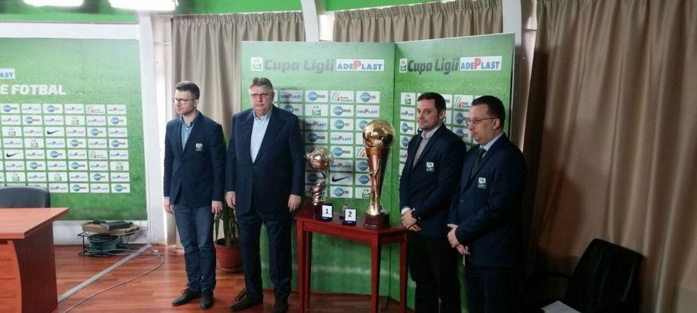 FOTO | Asa vor arata noile trofee primite de campioana Romaniei si de castigatoarea Ligii I! Gino Iorgulescu i-a pus pe ziaristi sa voteze