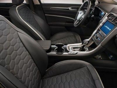 Ford ataca BMW, Audi si Mercedes cu Vignale Mondeo. GALERIE FOTO si detalii complete cu modelul premium al americanilo