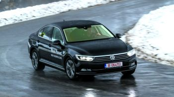 Revolutie! Noul Passat o sa va faca sa uitati tot ce stiati despre Volkswagen. Test exclusiv cu modelul german