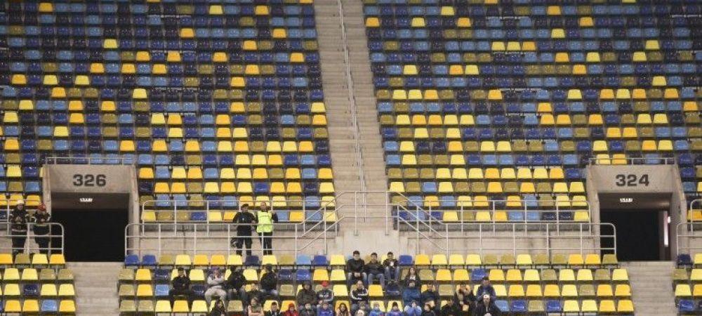 """""""Fani"""" platiti sa vina la meciul Stelei cu Dinamo! Cat primesc cei ce vor sta in galeria ros-albastrilor la Derby de Romania!"""