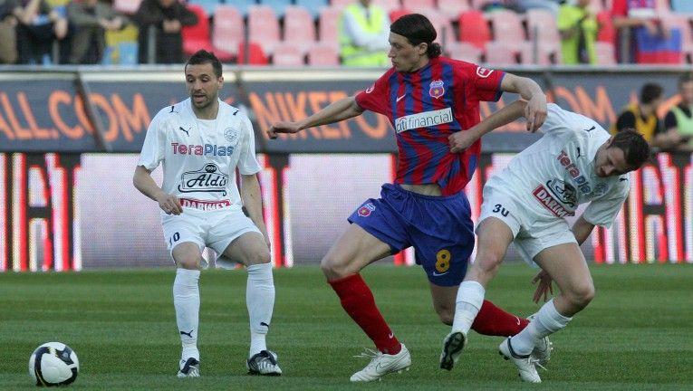 """Fotbalistul ce poate decide titlul in Liga I a fost la un pas de MOARTE! """"I-au dat cu parul in cap"""""""