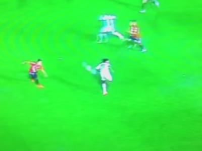 Schema IREALA pe care numai Ronaldinho poate sa o faca intr-un meci! Ce nebunie a putut sa inventeze: VIDEO