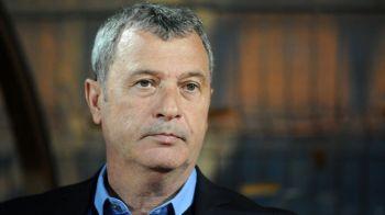 Situatie incredibila pentru un jucator de la ASA! A semnat cu Dinamo, dar Rednic si Dinu Gheorghe nu vor sa-l vada la echipa
