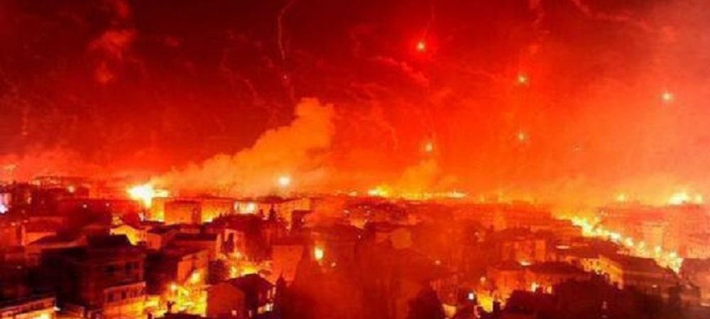 Orasul a luat FOC la petrecerea de titlu a lui Galatasaray! Imagini senzationale surprinse la Istanbul