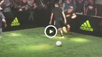 Hoop :) Baiatul de 17 ani al lui Zidane l-a umilit pe Ander Herrera la un joc demonstrativ! Culmea, Luca este portar VIDEO