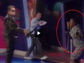 VIDEO: Arnold e de speriat! O femeie cu copilul in brate a inceput sa tipe si a luat-o la fuga. Ce s-a intamplat: