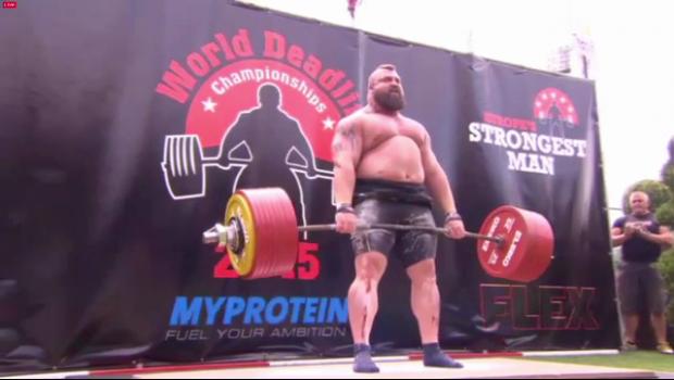 Imagini INCREDIBILE! Cat a reusit sa ridice cel mai puternic om din lume! Are 173 kg la 27 de ani