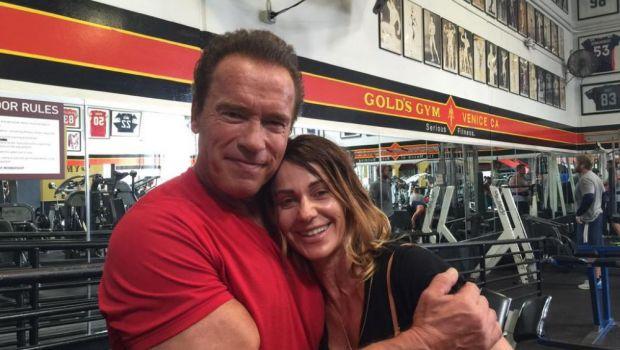 SUPER IMAGINI: Nadia l-a antrenat pe Arnold Schwarzenegger la sala! L-a pus sa faca 10 repetari pentru nota 10! VIDEO