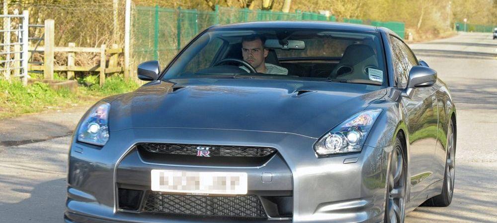 Un fost jucator de la Man United a fost arestat de politie dupa ce a fugit de la locul unui accident pe care l-a provocat