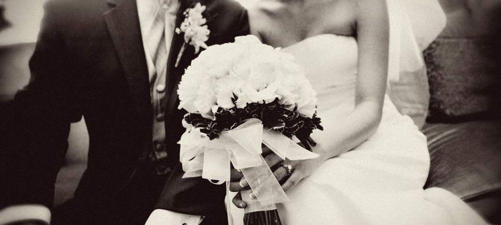 ULTIMA ORA! Nunta anului in Romania! A cerut-o in casatorie cu un inel imens, din briliante! FOTO