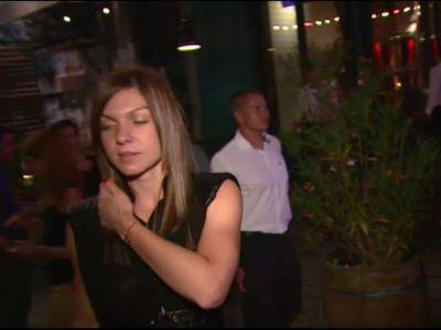 """Cu ce barbat s-a vazut Simona Halep imediat cum s-a intors in tara: """"Esti minunata!"""" FOTO"""