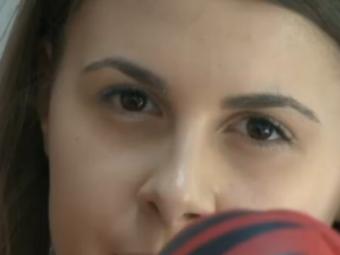 VIDEO Fiica lui Titi Dumitriu si-a deschis sala de fitness! Cum arata tanara de 18 ani care conduce afarea familiei