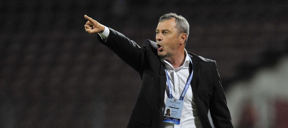 Botosani 1-1 Dinamo: Dinamo e la 3 puncte de lider, Steaua o poate depasi cu o victorie luni | Golul lui Ivan din min 2 ii aduce Craiovei a treia victorie la rand: Petrolul 0-1 Craiova