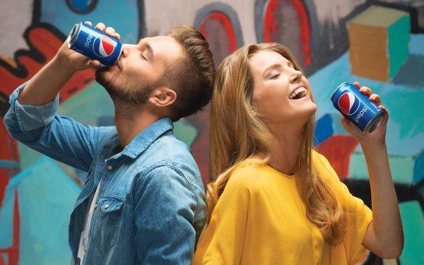 (P) Pepsi este gustul de cola numarul 1 in Romania*
