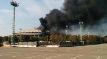FOTO | Incident grav in Rusia: stadionul care trebuie sa gazduiasca finala Mondialului din 2018 a luat foc. Pompierii se lupta cu flacarile